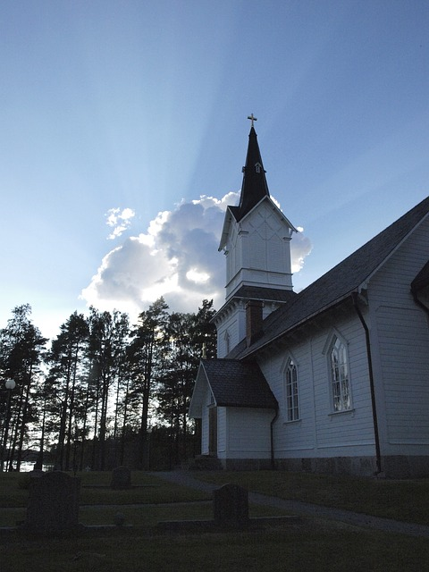 Free church back light sweden