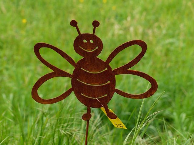 Free bee animal metal fig sheet metal figure garden