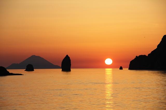Free vulcano aeolian islands sunset sicily sea rock
