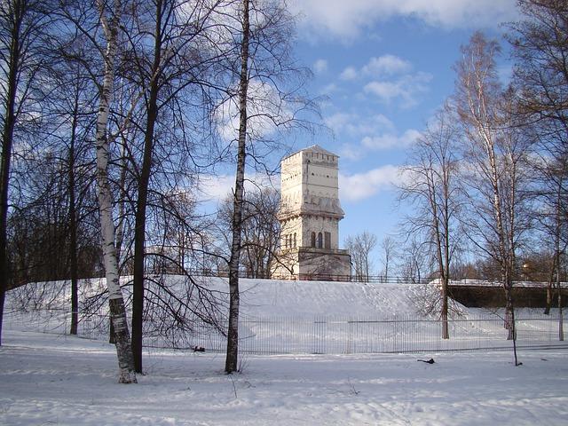 Free the palace ensemble tsarskoe selo st petersburg russia