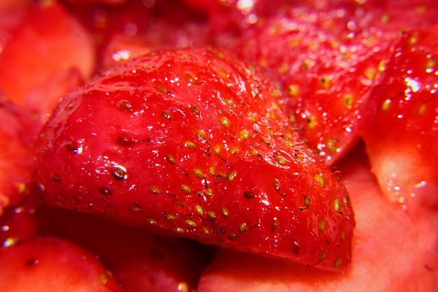 Free strawberry berries red sweet delicious food ripe