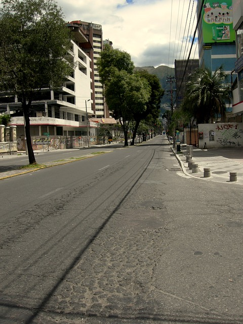 Free quito ecuador street road town urban city