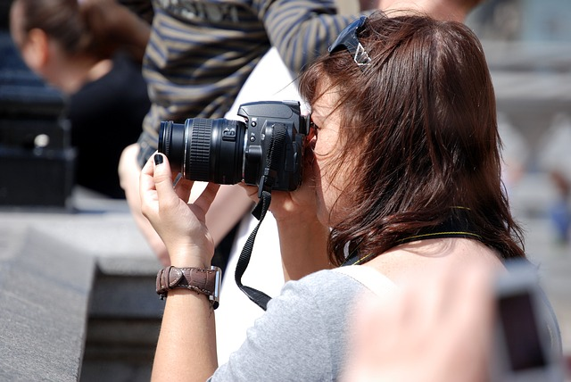 Free photographer woman young lifestyle hobby