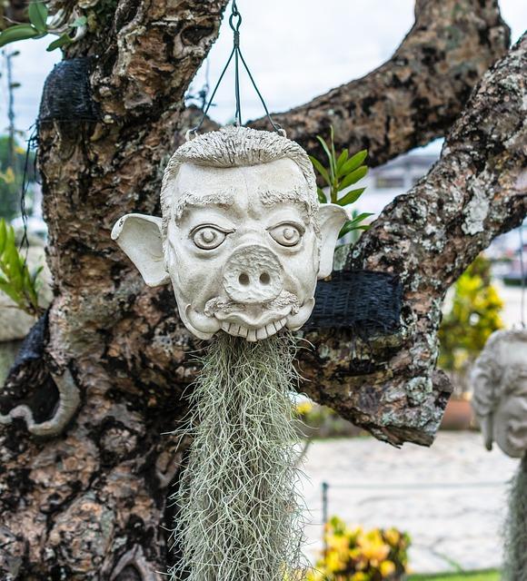 Free face head mask sculpture stone figure selfie