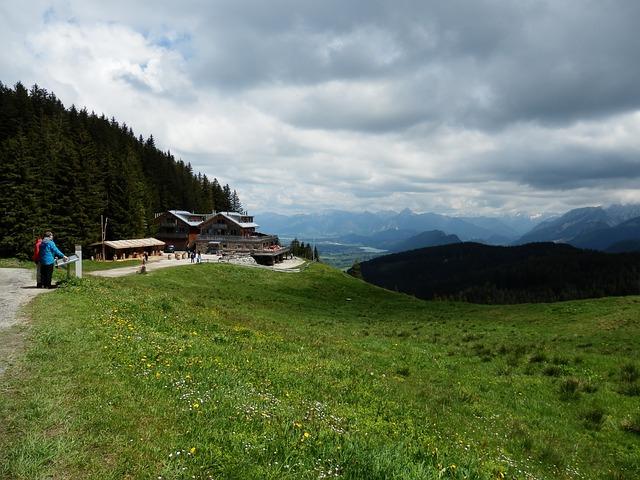 Free mountain meadow alpine pointed wanderer