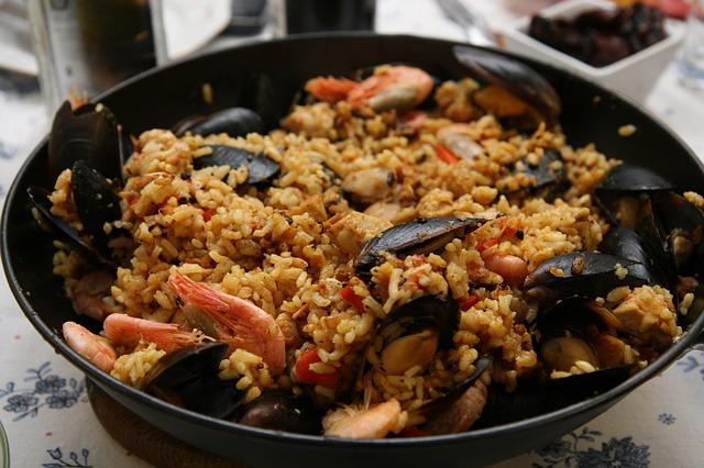 Free paella spain fresh tasty cuisine traditional