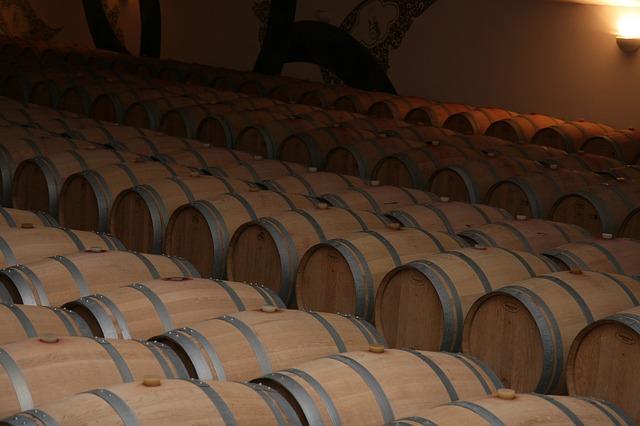 Free storage barrels red wine bordeaux france vine