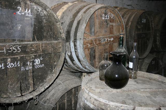 Free cognac barrel alcohol vintage strong old