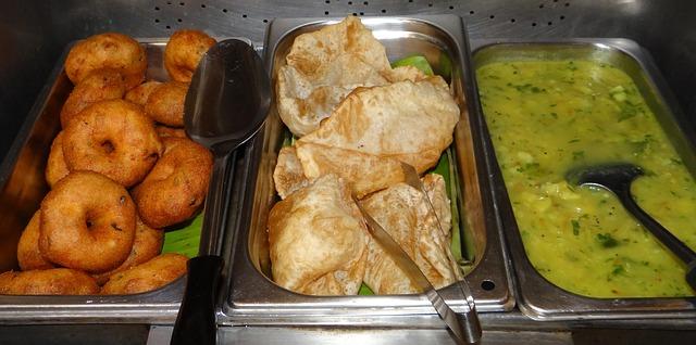 Free vada-poori-potato sago medu vada poori aloo curry