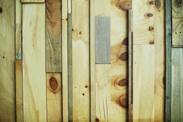 Free wood wall pattern