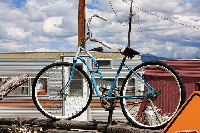 Free bike junk bicycle old vintage abandoned