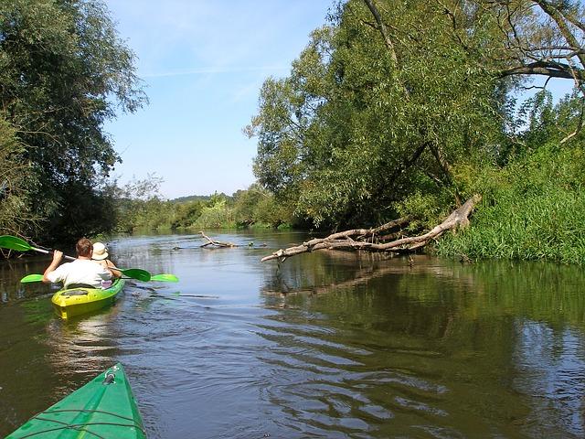 Free drwęca river kayaks rafting poland kajakować