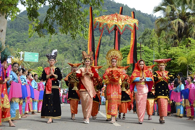 Free culture antique arts performance traditional girls
