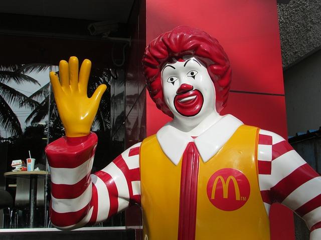 Free mcdonald figure man red yellow