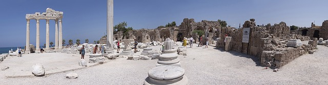 Free antiquity temple ruin corinthian columnar
