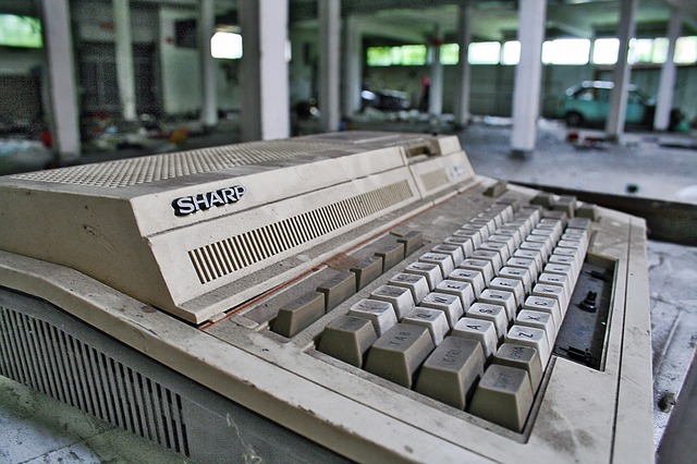Free calculating machine calculator computer old defect