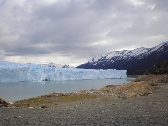 Free glacier argentina perito moreno