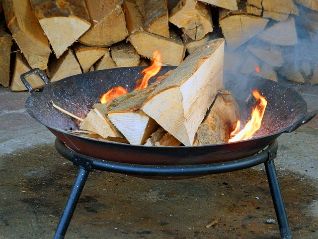 Free wood fire fire grill flame burn heat embers