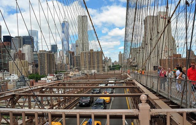 Free bridge sun manhattan brooklyn new york