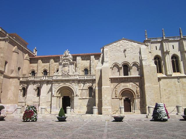 Free leon san isidoro monument romanesque architecture