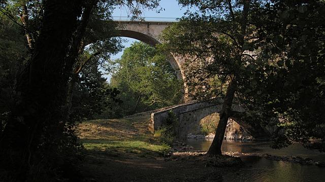 Free bridge light river cure bridges