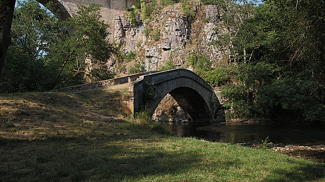 Free bridge river water passage cross light former