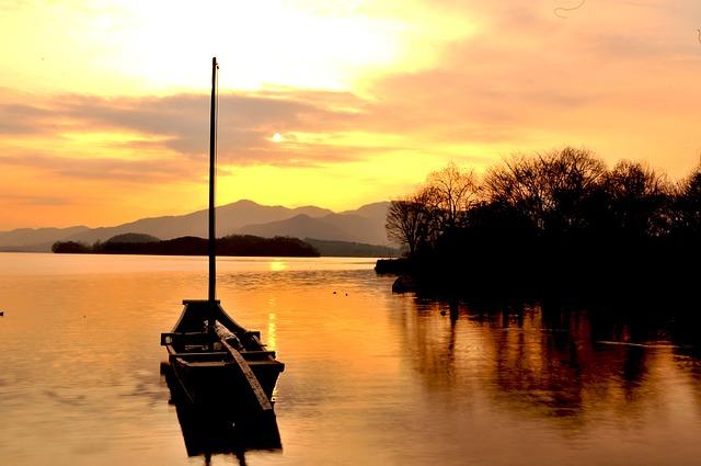Free two water head yangpyeong river lake boat sunset