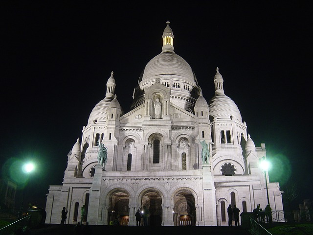 Free church sacre coeur architecutre paris night