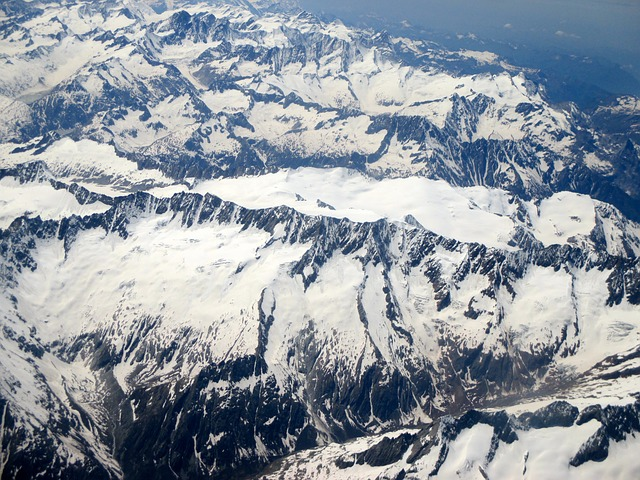 Free alpine mountains summit aerial view switzerland