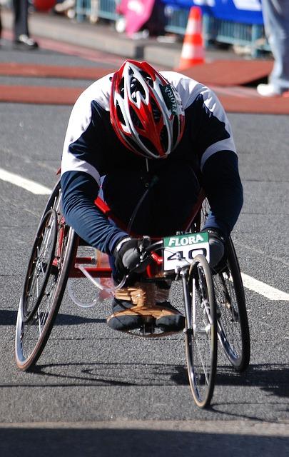 Free wheelchair disabled man racer london marathon
