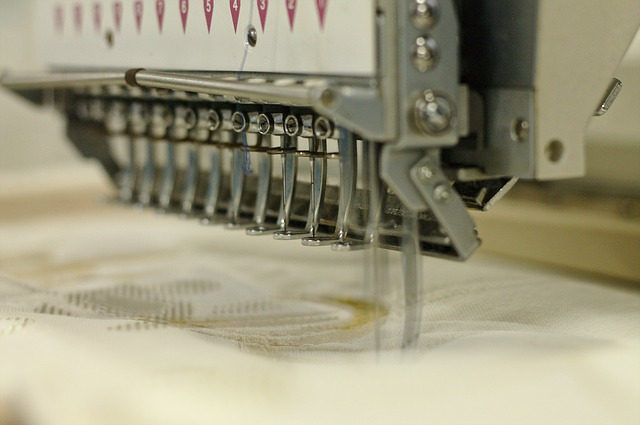 Free embroiderer sewing cloth tissue manufacturing