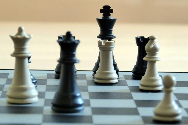 Free chess chess pieces matt playing field
