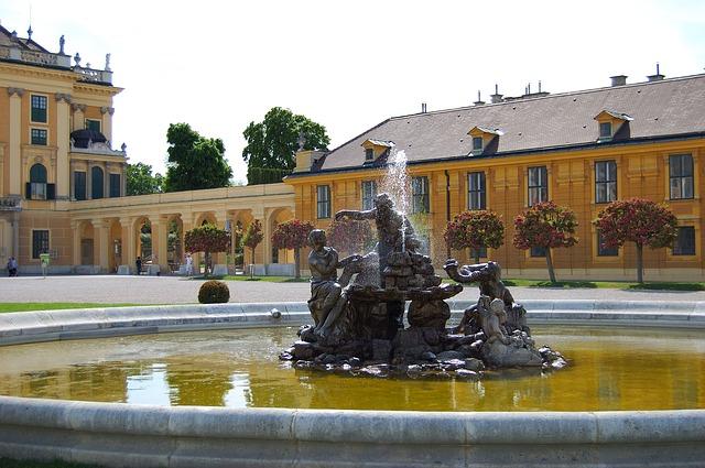 Free vienna schönbrunn fountain sunny water