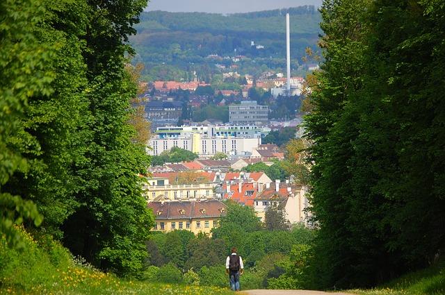 Free vienna schönbrunn castle park trail wanderer away