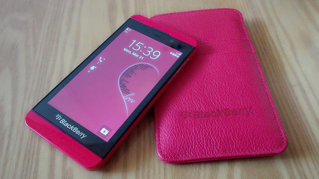 Free smartphone blackberry phone office touchscreen