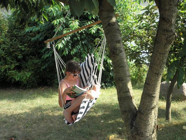 Free girl hammock child rock read garden seat swing