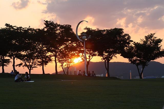 Free sunset glow park