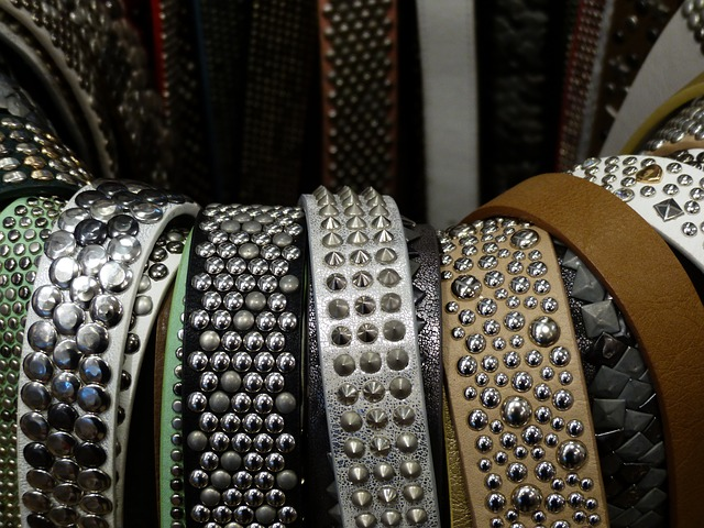 Free belts nap clothing fashionable rivet