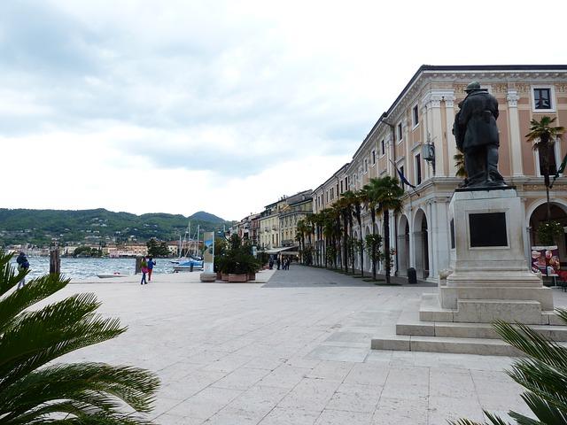 Free salo city promenade war memorial monument soldiers
