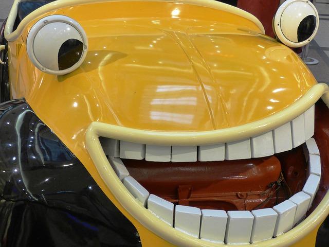 Free car auto yellow a smile toy eyes