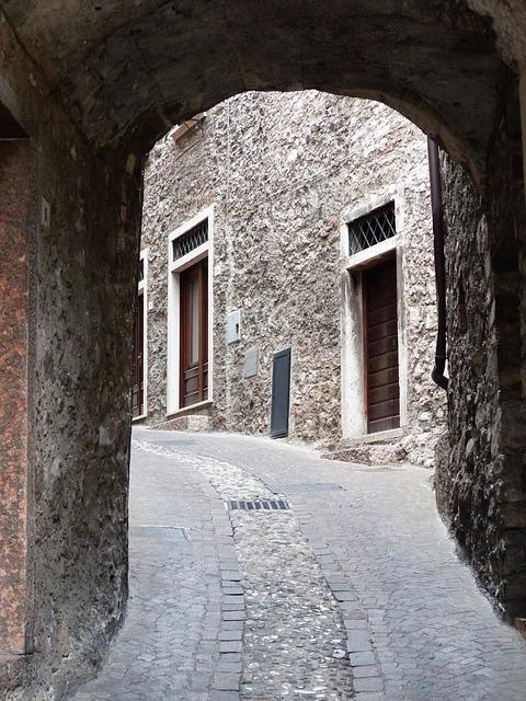 Free road passage paving stones cobblestone street