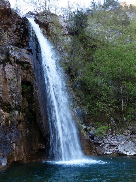 Free waterfall water splash storo trentino south tyrol