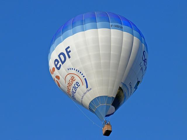Free ball hot air balloon nacelle sky air flight
