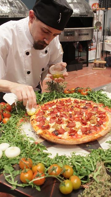 Free pizza chef cook uniform food pizzeria