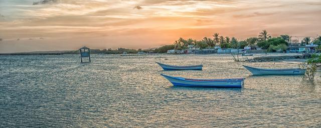 Free venezuela scenic bay harbor water sunset dusk