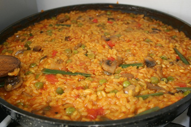 Free paella vegetarian food spain