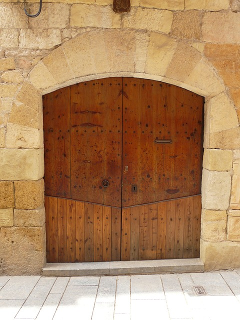 Free door wood wooden decorative entrance doorway