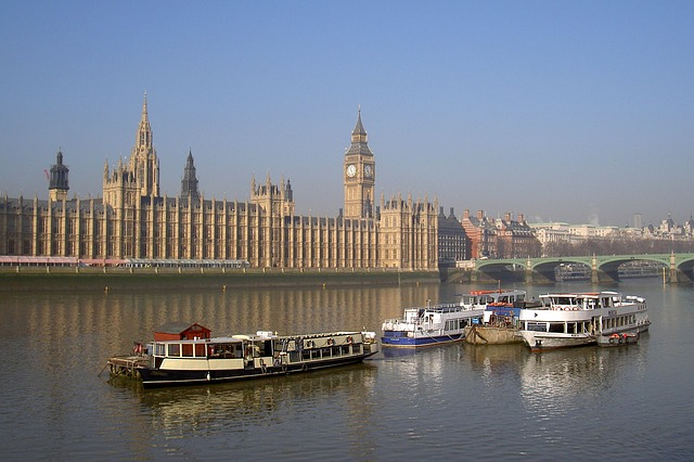 Free westminster london thames river boats
