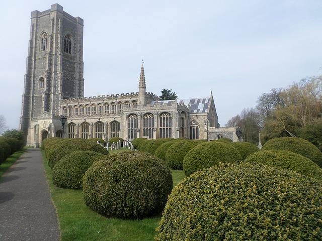 Free lavenham church cathedral church yews topiary