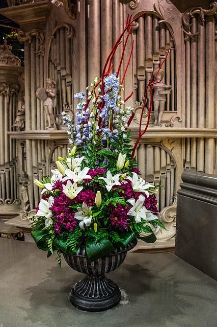 Free bouquet of flowers posy flowers arrangement church